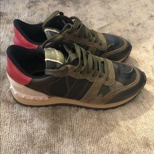 Valentino Camo Sneakers Ladies